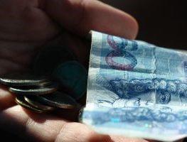 Porównanie kredytów hipotecznych – po co korzystać z usług doradcy
